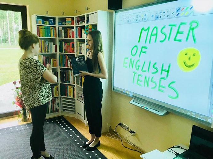 Konkurs MASTER OF ENGLISH TENSES